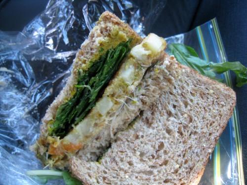 Yummus Sandwich