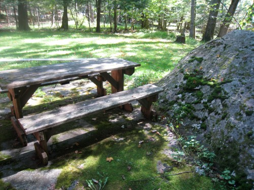 Woodstock Picnic Table