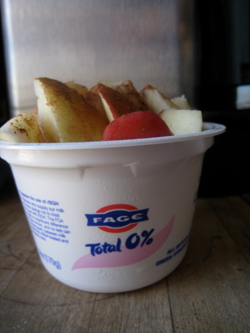Fage 0%, Apple, Cinnamon