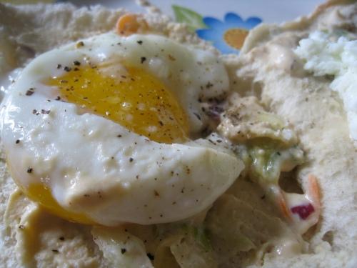 Eggy hummus close-up
