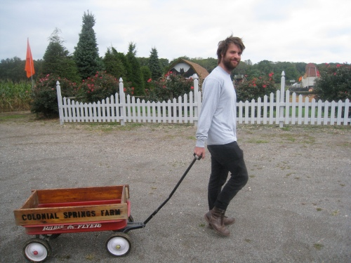 Ari & the wagon