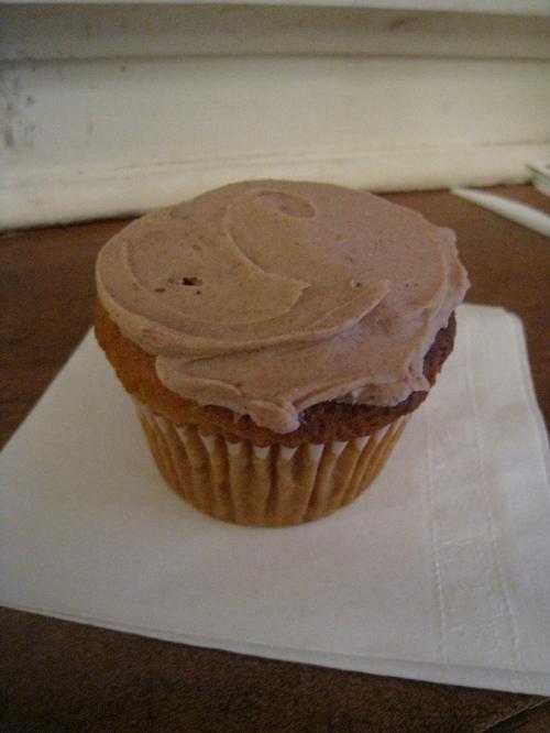 Babycakes Vanilla with Chocolate Fig Ganache