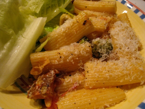 Lemony Chickpea & Broccoli Rigatoni
