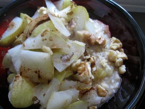 Pear Walnut Oatmeal