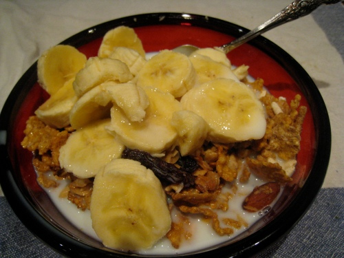 Cereal w/ Banana and Milk