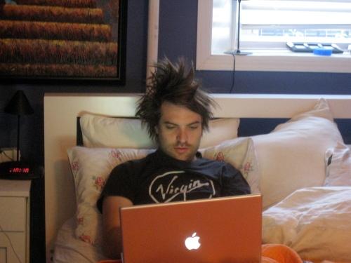 Ari's hair